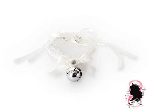 White Ruffled Bell 2-in-1 Choker/Garter